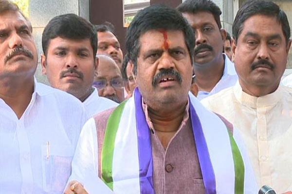 Avanti Srinivas spreads rumours against TDP MLAs