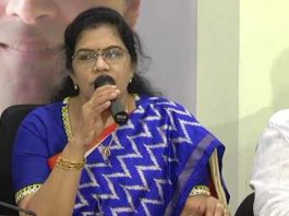Ex Minister Killi Kruparani to quit Congress, to join YCP