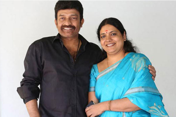 Jeevitha Rajasekhar Attacked