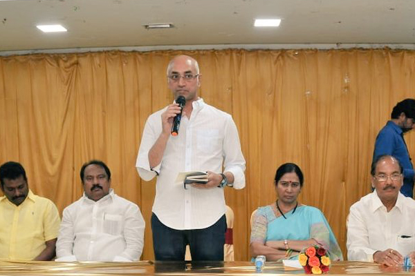 Galla Jayadev gets TDP again for Guntur MP seat