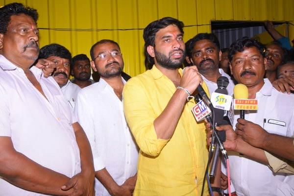 Tough time for Kodali Nani - TDP picks up in Gudivada