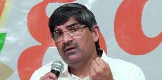 Andhra IAS officials brainstorm over CS issue
