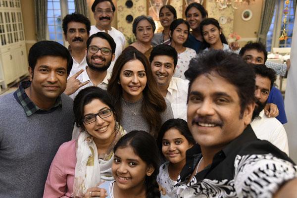"""On the sets of Nagarjuna's """"Manmadhudu-2"""""""