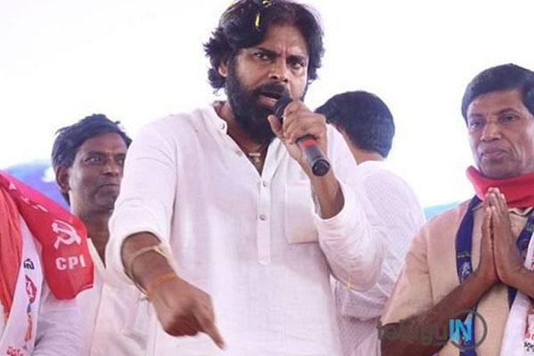 No star campaigners - Pawan Kalyan 's single man show straining