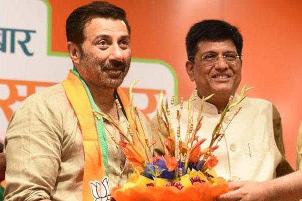 Hailing Modi, Bollywood actor Sunny Deol joins BJP