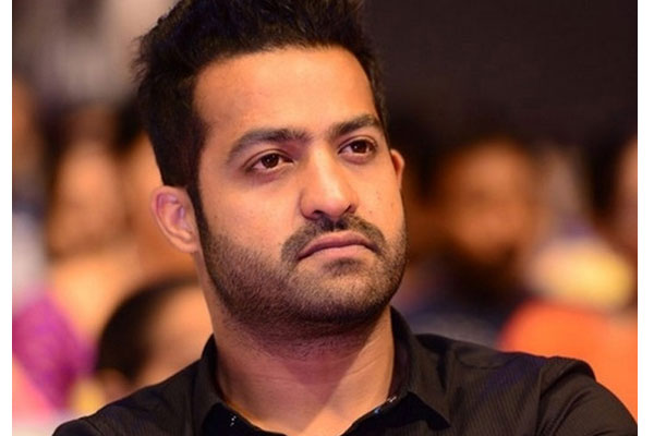 NTR has a shock for Trivikram Srinivas