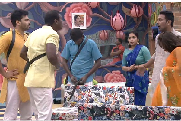 Bigg boss episode 67: Best friends Varun and Rahul fight fiercely