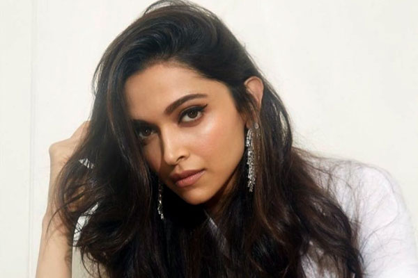 Deepika Padukone's whopping remuneration for Prabhas21?