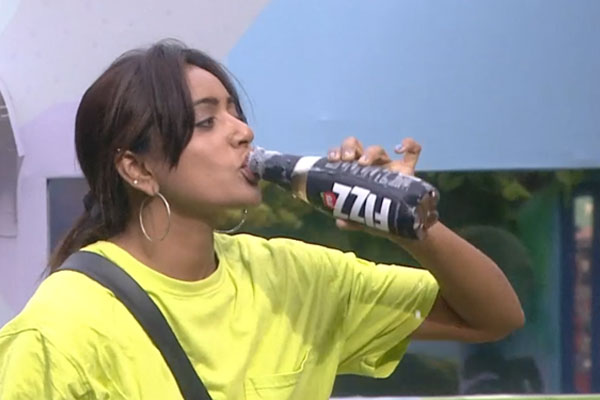 Bigg boss episode 54: Vithika becomes captain for the first time