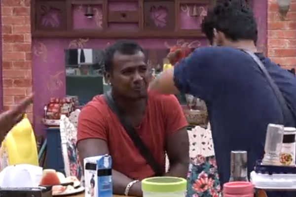Bigg boss: Rahul is the first contestant to reach finals