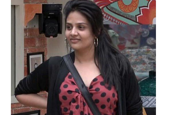 Will Bigg boss give title to a female contender at least this season?