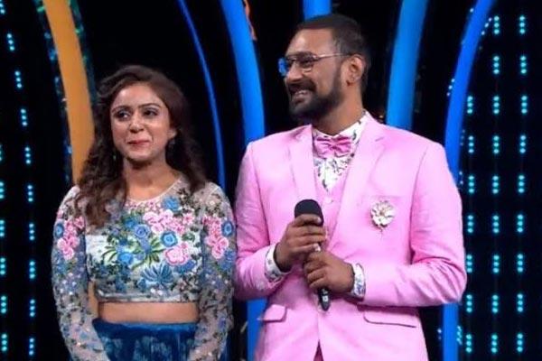 Bigg boss tidbits: Vithika rates Sreemukhi better than her Varun for title