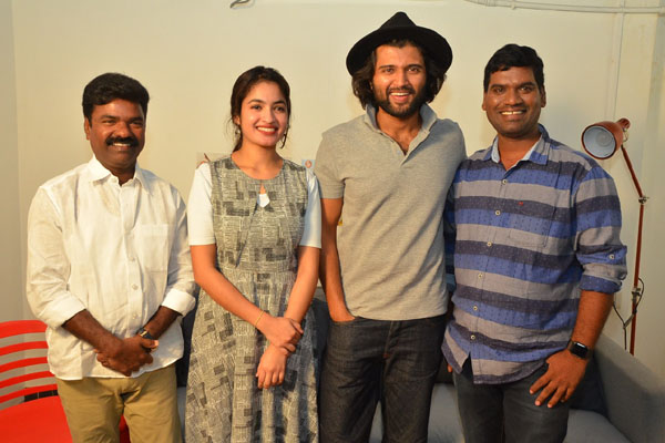 Vijay Devarakonda Launched Bithiri Sathi's Tupaki Ramudu Teaser