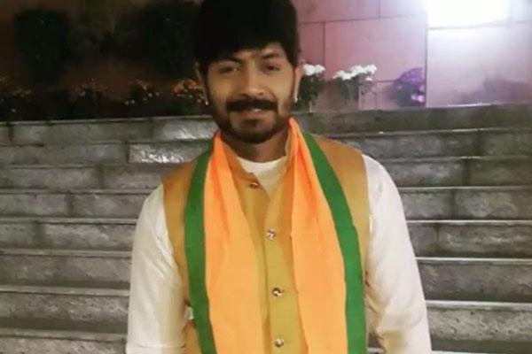 Bigg boss 2 winner Kaushal joined BJP