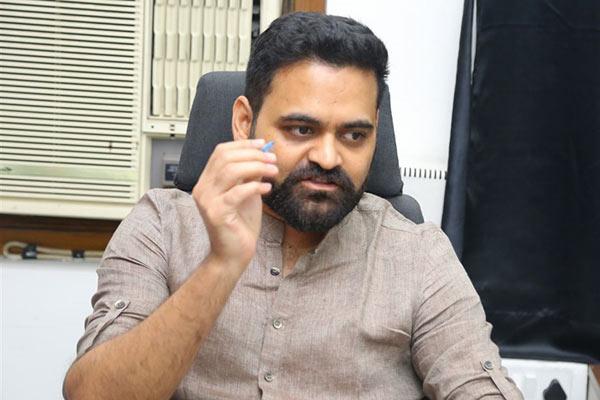 Praveen Sattaru to direct Nagarjuna