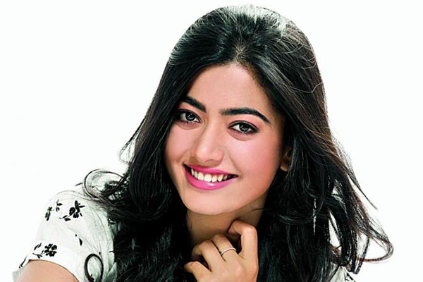 Rashmika's flawless dance moves for Sarileru Neekevvaru