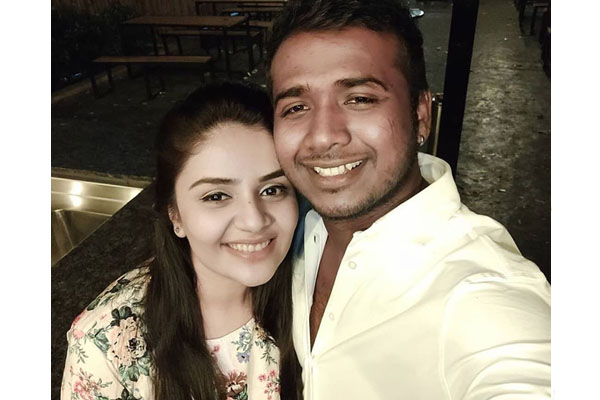 Sreemukhi begins a new relationship with Rahul Sipligunj