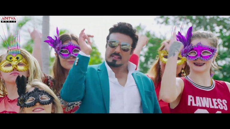 Ruler 'Padthadu Thaadu' Promo : Balayya's energy plus Sonal's glam treat