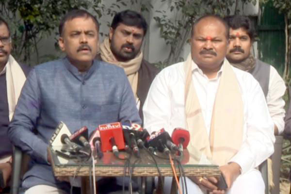 BJP-Jana Sena to launch joint struggle against Amaravati capital shifting!