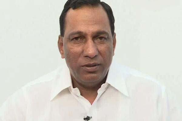 KCR to sack Minister Malla Reddy from cabinet!