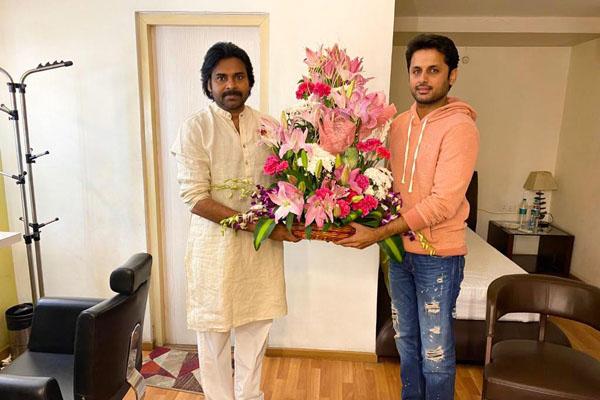Photos : Pawan Kalyan wishes Bheeshma Team