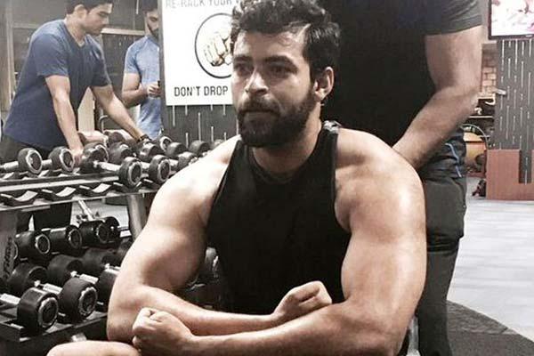 Bollywood beauty in talks for Varun Tej's boxing drama?