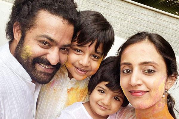 Adorable: Tarak and his family's Holi Celebrations