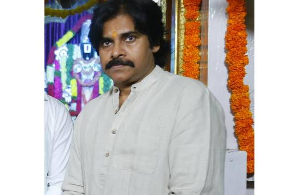 Pawan Kalyan's directors worried about his fitness