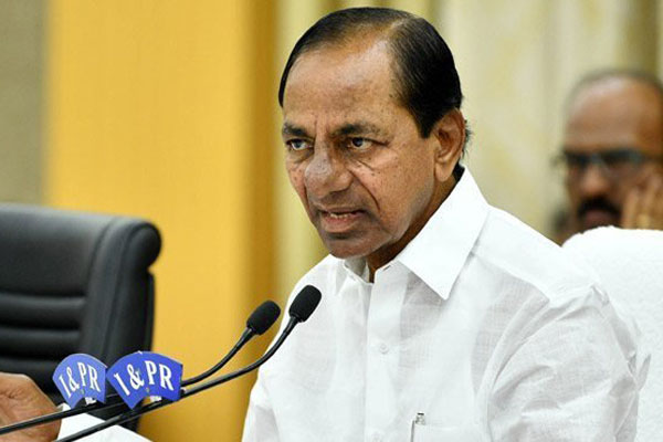 At Rythu Vedika, KCR asks farmers to oppose Modi's policies with a clenched fist