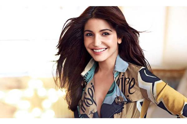 Anushka Sharma wins accolades for her attempt