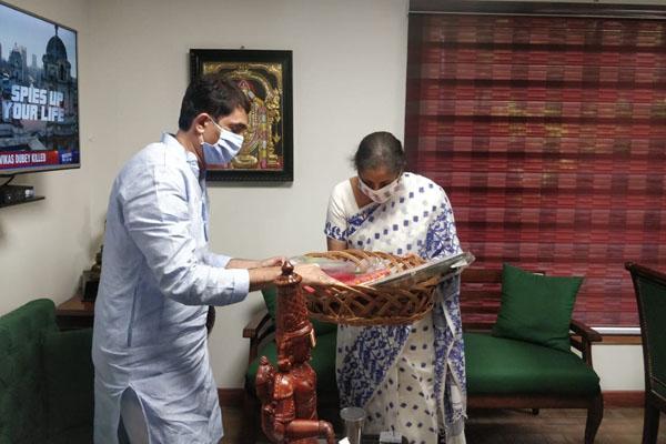 Buggana meets Nirmala Sitharaman