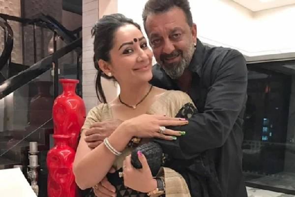 Sanjay Dutt's wife pens a painful post about his health