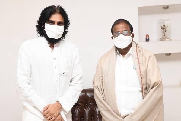 Pawan meets Veerraju, but no decision on Tirupati poll
