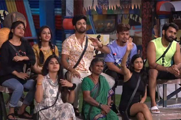 "Bigg boss day 5: Repetitive ""Who is Kattappa"" task turned the episode boring"