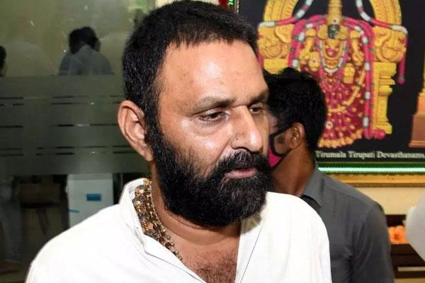 Chandrababu will not let NTR get Bharat Ratna: Kodali Nani