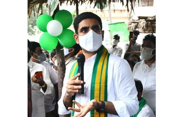 Lokesh decries Jagan GO denying benefits to PG students