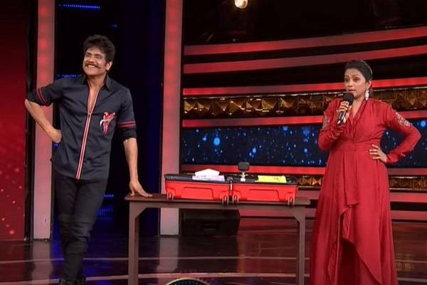 Bigg boss: Suma entertains, Amma leaves