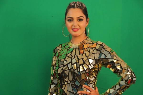 Monal comments on Harika indicate Bigg boss is a scripted show