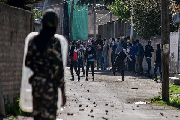 Tension in Tadipatri following stone pelting on JC house