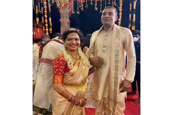 Singer Suintha & Ram wedding pics