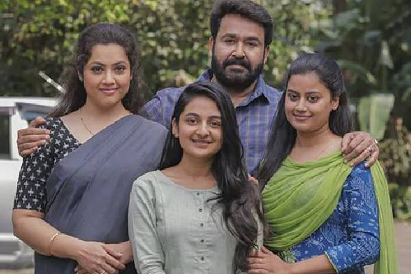 Drishyam 2 Review: Mohanlal's magic all over