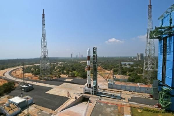 PSLV C-51 launch: Telugu states' CMs hail ISRO
