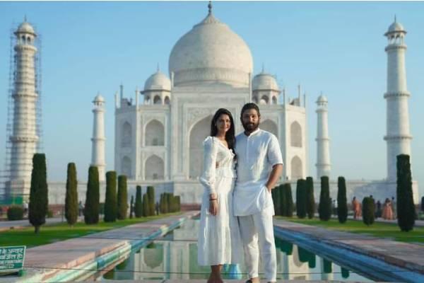 Telugu star Allu Arjun celebrates anniversary at Taj Mahal with wife Sneha