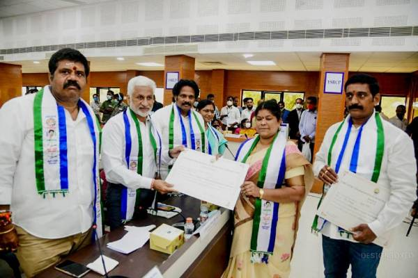 60% Mayor, chairperson posts go to women in Andhra