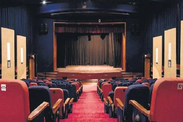 """Except """"Vakeel Saab"""", all theatres to be closed in Telangana till April 30"""