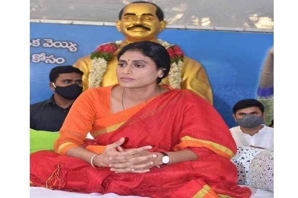 Sharmila undertakes fast to demand jobs for Telangana youth