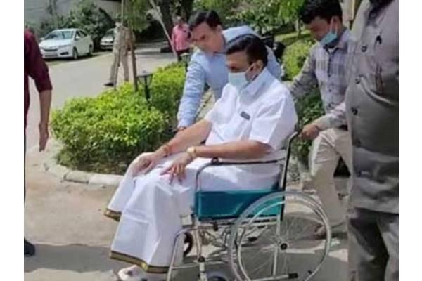 Rajugari 'wheelchair' yatra embarrasses critics