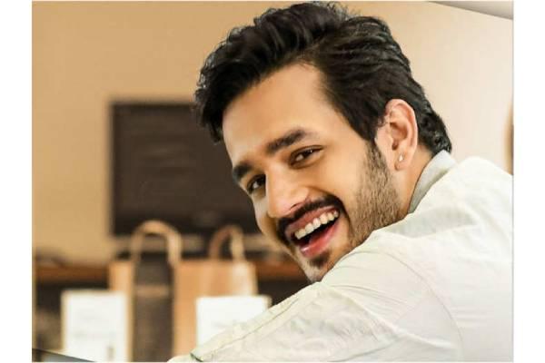 Buzz: Akhil Akkineni and Mythri Movie Makers to team up?