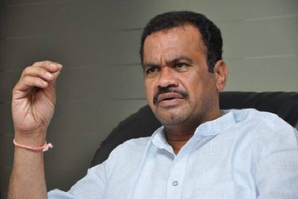 Komatireddy finally falls in line, to maintain silence!