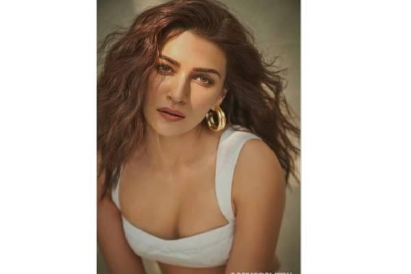 Kriti Sanon calls Adipurush her 'most exciting project'